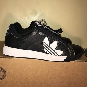 Adidas Men Bankment Evolution Sneaker
